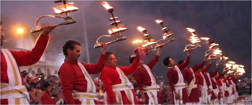 Visit Ganga Aarti Rishikesh with Tour Guide