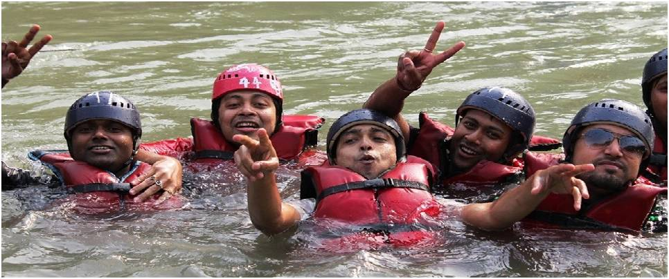 Marine Drive River Rafting with Body Surfing