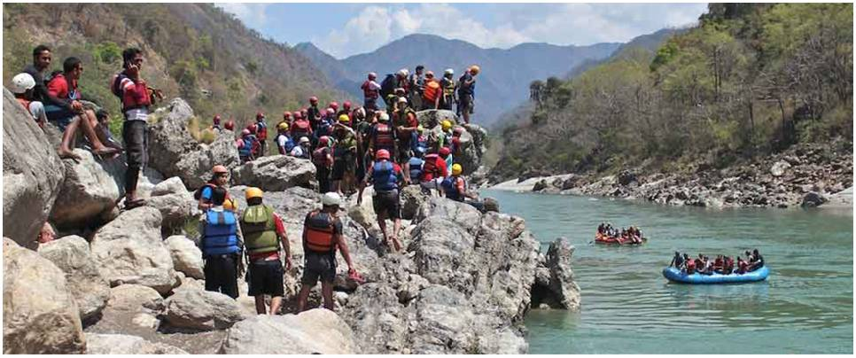 Best Charges for Marine Drive River Rafting with Cliff Jumping