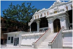 Shivananda Ashram place to visit in rishikesh
