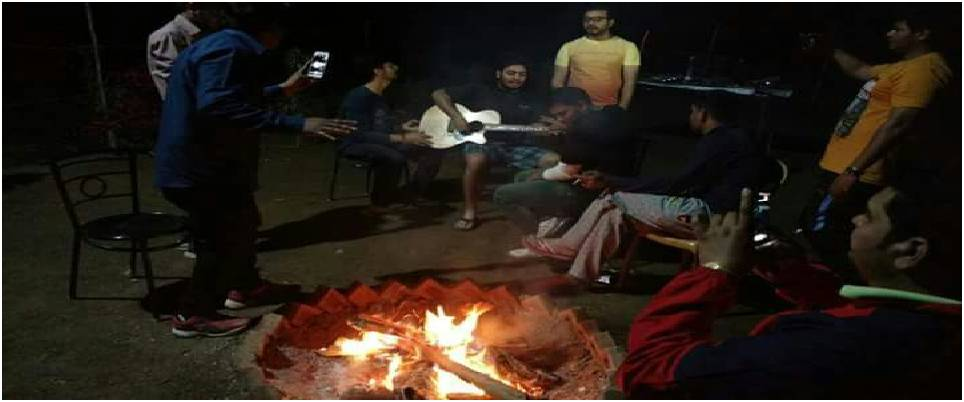 rishikesh riverside camps with Bonfire Activity