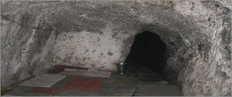 Rishikesh Vashist Cave